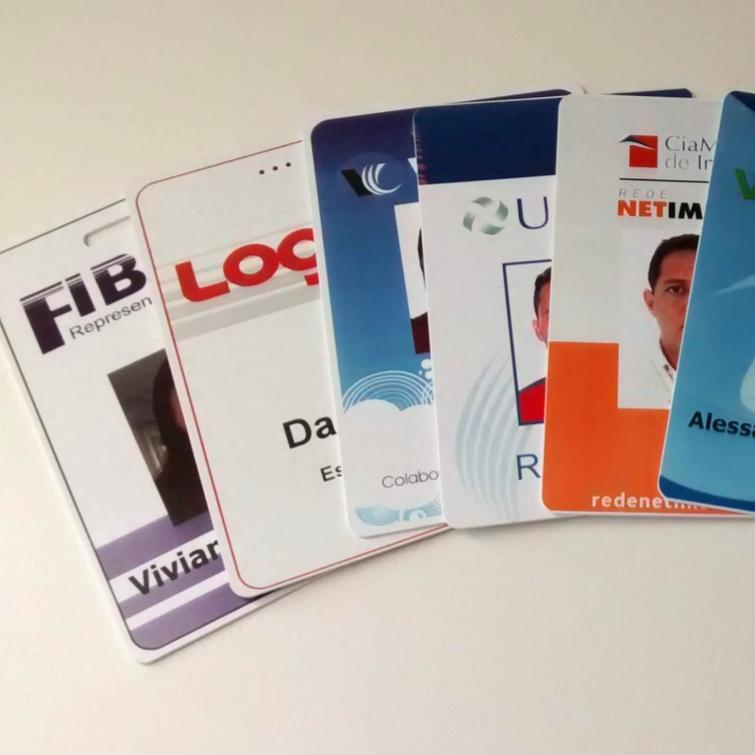 Crachás de PVC 0,76mm Personalizado IC Smartcard 1K 13,56mhz 4x1 Cores