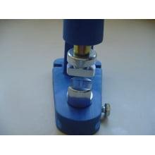 Matriz para Fixação de Terminal de cordão para crachá 10mm