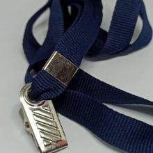 Cordão Liso 12mm para crachá c/ presilha clips jacaré azul marinho