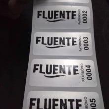 Etiqueta Adesiva Poliéster Prata 46x20mm para patrimônio com personalização cento