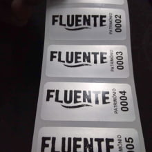Etiqueta Adesiva Poliester Prata Cromo Patrimônio 46x20mm Personalizada (1000 un)
