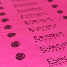 Pulseiras Identificação Eventos e Festas Tyvek Rosa Fluor/Pink personalizadas em preto (min  100)